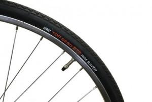 自転車ペンタスのタイヤ